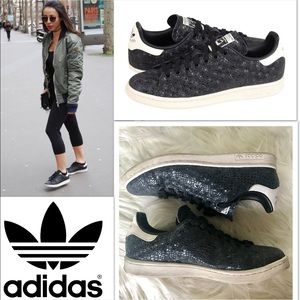 adidas Shoes - Awesome Stan Smiths
