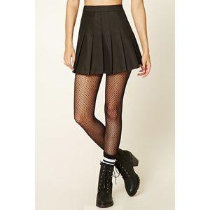 🚫SOLD🚫 Black Pleated Mini Skirt