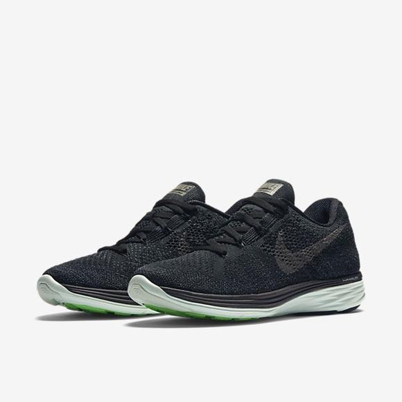 444c870a37 Nike Flyknit Lunar 3 MP Women's Running Shoe. M_59164cf42de51227f801e865