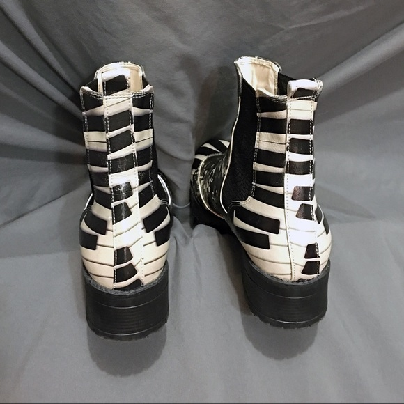 Music Note Shoes With Black Soles