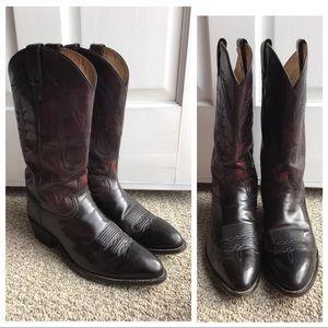Tony Lama Other - Tony Lama 9.5 EE Embossed Western Cowboy Boots