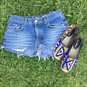 Lucky Brand Pants - LUCKY BRAND Cut Off Denim Shorts 🍀