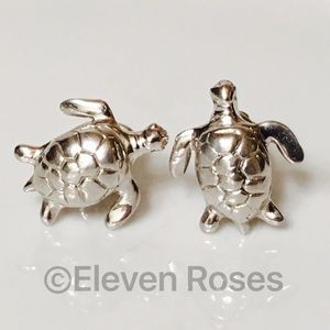 Robin Rotenier Other - Robin Rotenier Sterling Sea Turtle Cufflinks