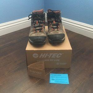 Hi-Tec Other - Hi-Tec water proof hiking shoes