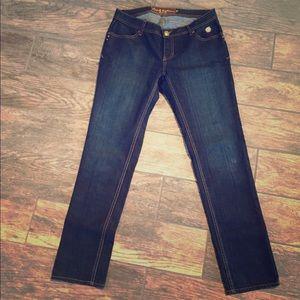 Apple Bottoms Denim - Apple Bottoms Signature jeans. Size 9/10.