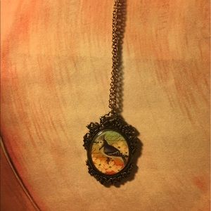 Jewelry - Beautiful double sided vintage drop pendant