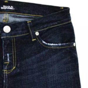 Rock & Republic Jeans - ROCK & REPUBLIC DARK WASH FLARE LEG SZ 29