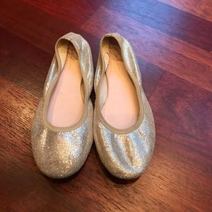 ruby & bloom Other - Gold flats
