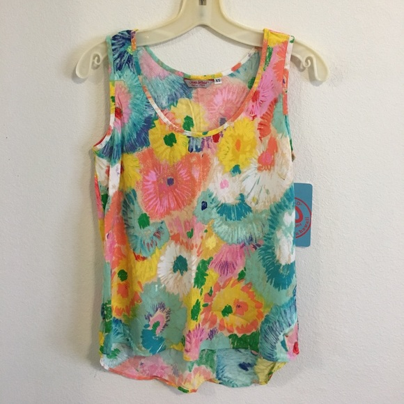 Tops - NWT Colorful Tank Top