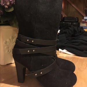 "Fergalicious Shoes - Fergalicious ""Cassandra"" Black Knee-high boots"