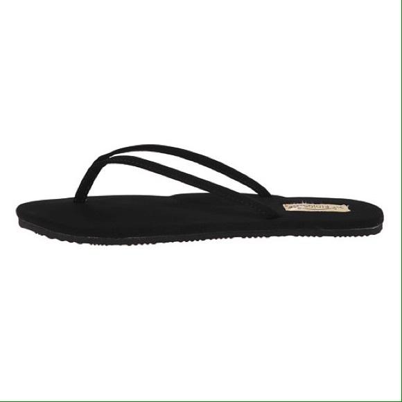 7bbfba073 Flojos Shoes - New Flojos Fiesta Flip Flops