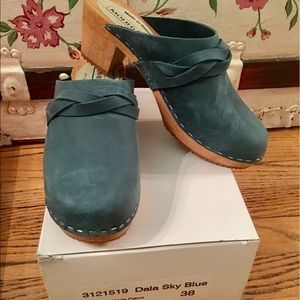 Swedish Hasbeens Shoes - MOHEDA TEAL BLUE LEATHER SWEDISH CLOGS NEW IN BOX