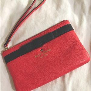 kate spade Handbags - Kate Spade Cobble Hill Bow Bee Coin Purse/Wristlet