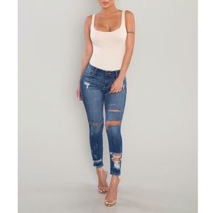 Ankle Distressed Crop Jeans