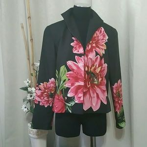 Beautiful silk jacket. Mint condition.   $