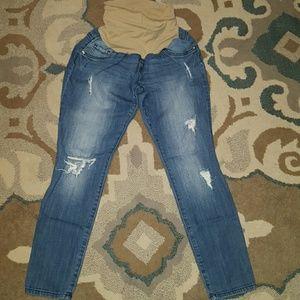 Denim - Distressed maternity skinny jeans