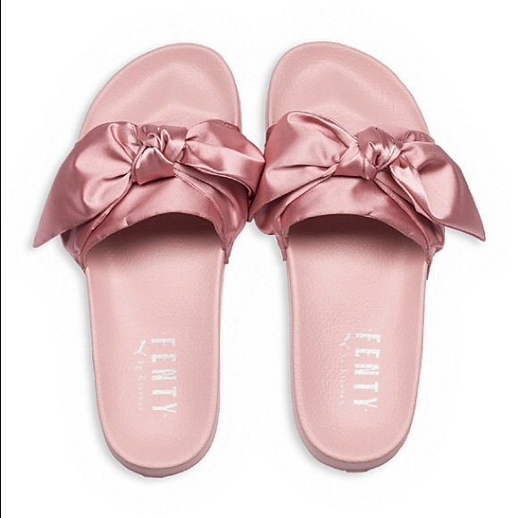 sports shoes 3a58f dfeb8 Rihanna x Puma Fenty satin Bow Slides 6.5 NWT