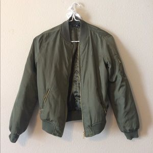 Kendall & Kylie Jackets & Blazers - Green bomber jacket