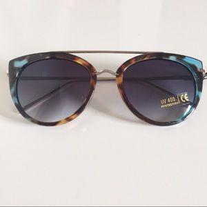 Accessories - Cat Eye Glasses