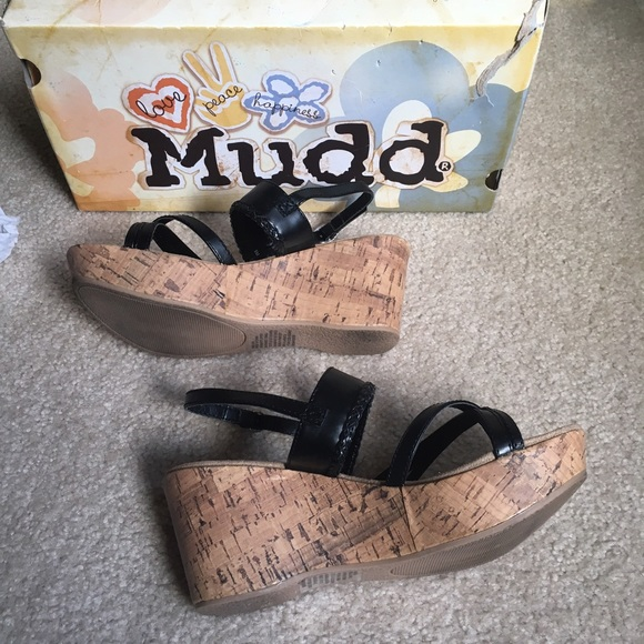 49 mudd shoes mudd black wedge sandals size 8 from