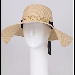 Louis Vuitton Accessories - 🎉HOST PICK🎉Beautiful Summer Floppy Hat 👒