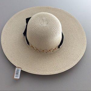 Accessories - LAST 1 • HOST PICK! Oversized Summer Floppy Hat •