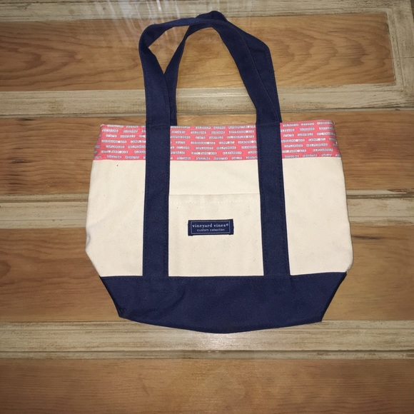 Vineyard Vines Bags Limited Edition New Orleans Mini