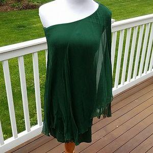 Analili Dresses & Skirts - Emerald Green One Shoulder Silk Dress