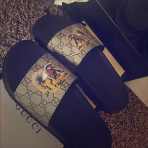 Gucci Other - Gucci flip flops