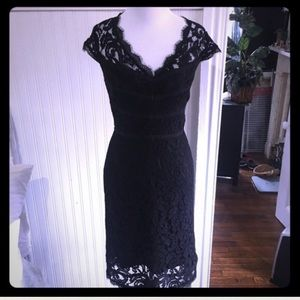 Adrianna Papell lace cap sleeve dress, size 6