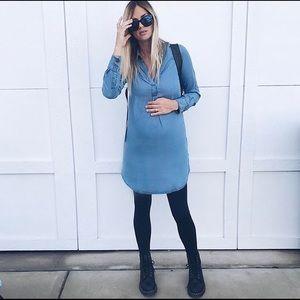 Ingrid & Isabel Dresses & Skirts - Ingrid & Isabel maternity chambray dress Small