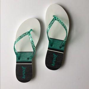 Reef Shoes - ❤️NWOT SZ 8 REEF FLIP FLOP/SANDAL❤️