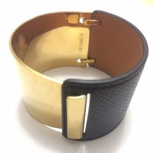 Hermes Jewelry - Authentic Hermes THALES Gold Epson Leather Bangle