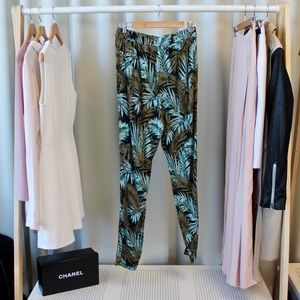 H&M Pants - H&M Slouchy Tropical Palm Print Pants