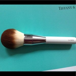La Mer Other - La Mer the powder brush
