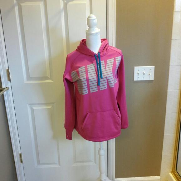 58 Off Nike Sweaters - Nike Womens Thumb Holes Hooded -1322