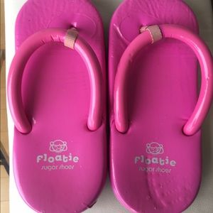 904f744003d Shoes - 💕 Floatie SUGAR Shoes Size 5-6 Flip Flop Flap 💕