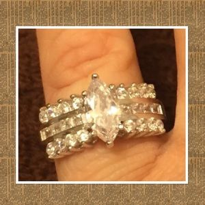 Jewelry - Sterling silver Ring💕💍 💍💎