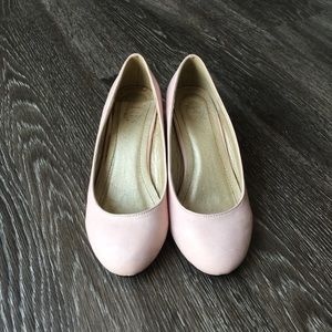 ollio Shoes - Pink wedge pumps