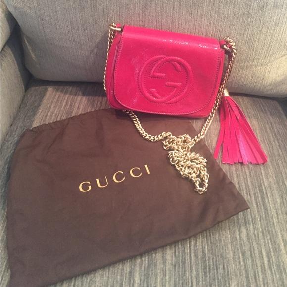 c892f9c4bf4 Gucci Handbags - Gucci Soho Disco Chain Bag (Pink Patent Leather)
