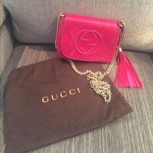 Gucci Handbags - Gucci Soho Disco Chain Bag (Pink Patent Leather)