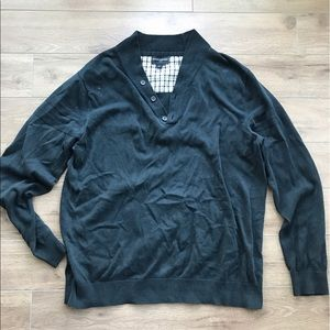 Banana Republic Other - Banana republic v Neck bottom up sweatshirt