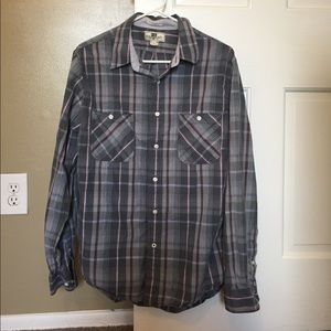 Fitted Size Large Gray, Maroon, and White Shirt
