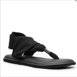 Sanuk Shoes - NWT Sanuk Yoga Mat Sandals