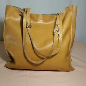 Alberta Di Canio Handbags - ALBERTA DICANIO Extra Large Tan Leather Bag