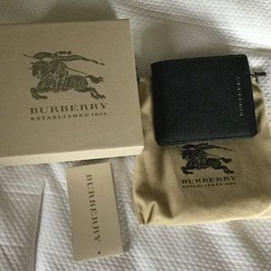 Burberry Handbags - Men's Burberry Black Wallet New With Tags