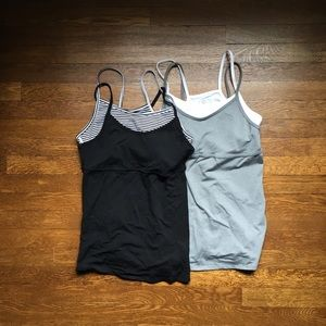 GAP Tops - Pair of GapFit double layer tanks
