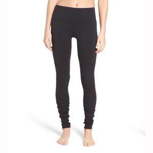 ALO Yoga Pants - black ALO GODDESS leggings