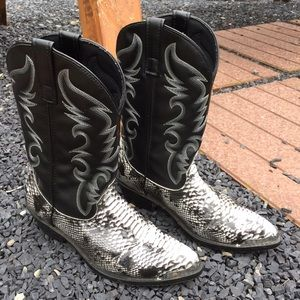 Laredo Other - Laredo Snakeskin Print Mens Cowboy Boots Size 9 D