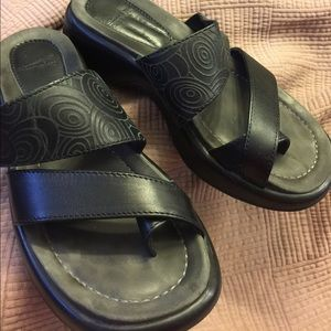 Dansko Shoes - Dansko Black Vegan Sandal